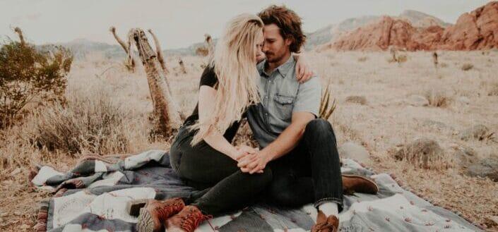 Couple in a romantic picnic date